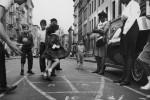 Fotografías de niños jugando a lo mismo en el S.XIX y ahora ceslava 31