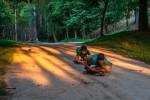 Fotografías de niños jugando a lo mismo en el S.XIX y ahora ceslava 67