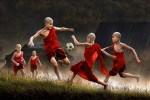 Fotografías de niños jugando a lo mismo en el S.XIX y ahora ceslava 71