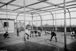 Fotografías de niños jugando a lo mismo en el S.XIX y ahora ceslava 34