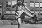 Fotografías de niños jugando a lo mismo en el S.XIX y ahora ceslava 40
