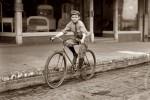 Fotografías de niños jugando a lo mismo en el S.XIX y ahora ceslava 44